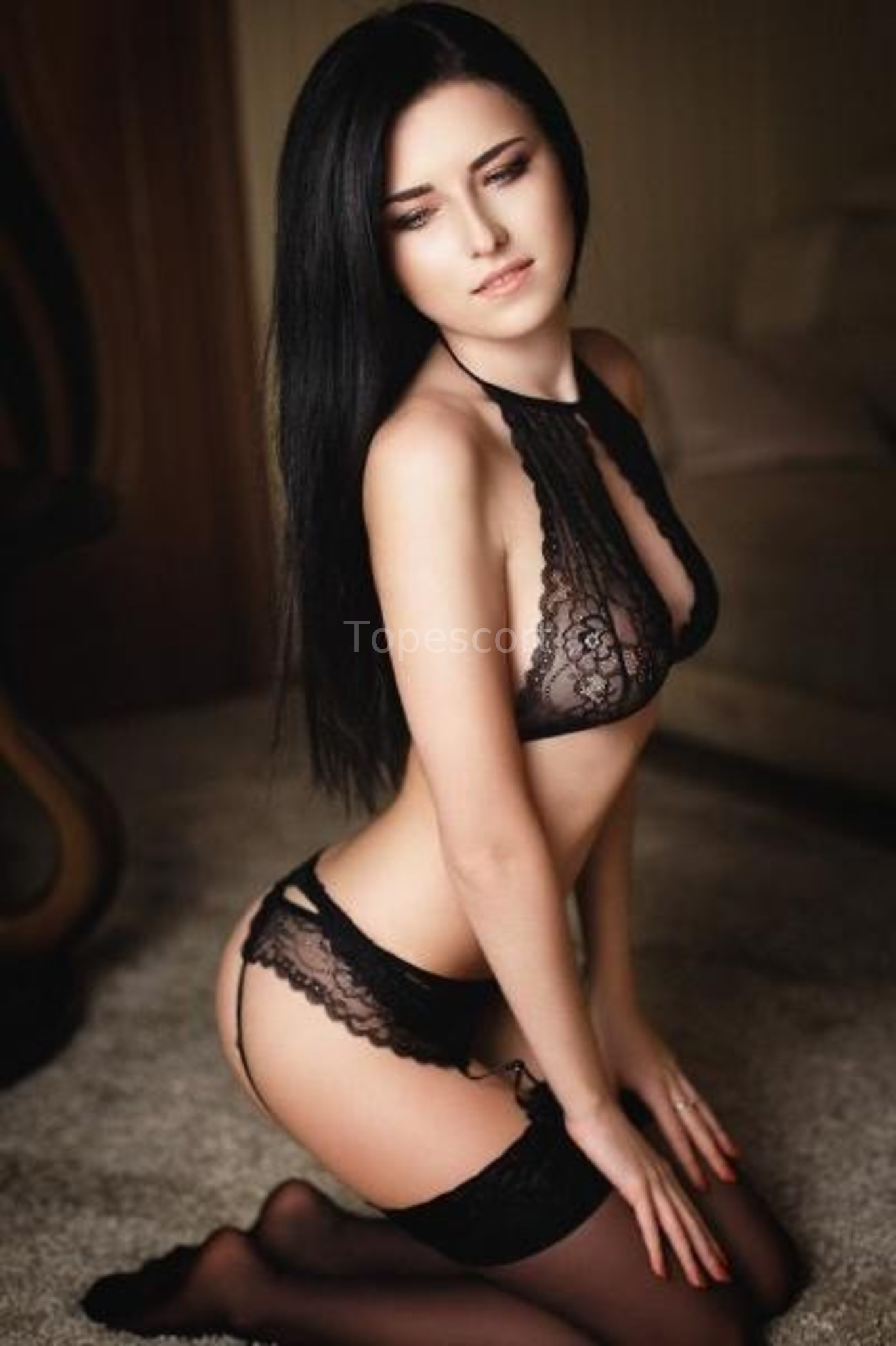 Sexy escort emma book me now for a hot session