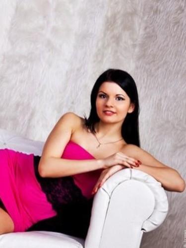 Elena (24) в Санкт-Петербург эскорт - Фото: 5