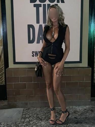 Sex ad by kinky escort Kim (34) in Berlin - Foto: 3