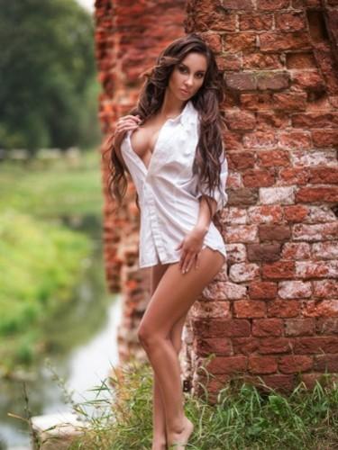 Eva (25) в Санкт-Петербург эскорт - Фото: 3