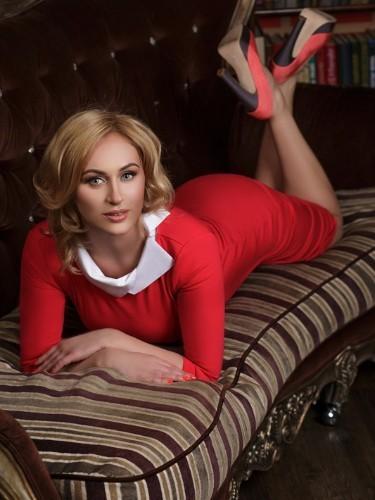 Uliya (25) в Санкт-Петербург эскорт - Фото: 1