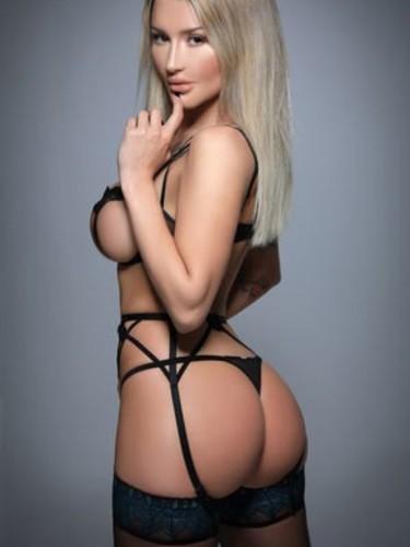 Sex ad by escort Maya (24) in London - Photo: 4