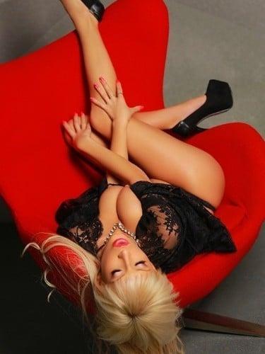 Sex ad by escort Monica (21) in Limassol - Photo: 1