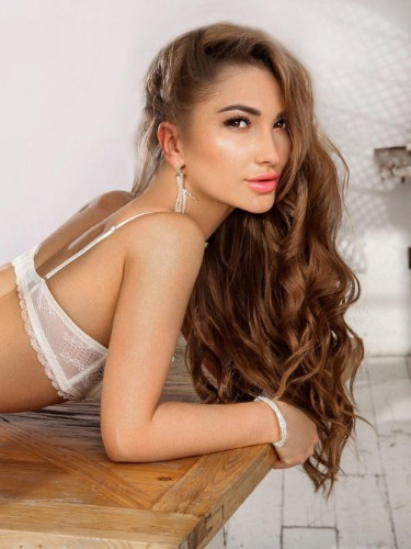 Kristina (22) Teen Escort Babe in Limassol - Photo: 5