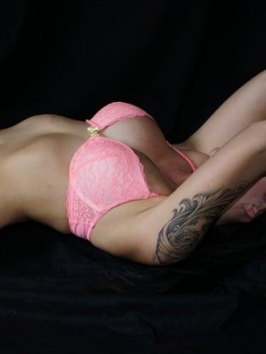 Sex ad by kinky escort Vanity Cinderella Escorts (22) in Düsseldorf - Foto: 6