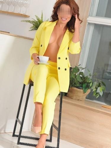 Monica Bella (30) в Париж кинки эскорт - Фото: 7