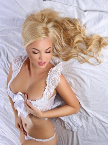 Sex ad by kinky escort Aleksa (25) in Dubai - Photo: 4