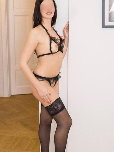 Sex ad by escort Larissa (22) in Stuttgart - Foto: 1