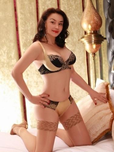 Sex ad by kinky MILF escort Alexandra (35) in London - Photo: 5