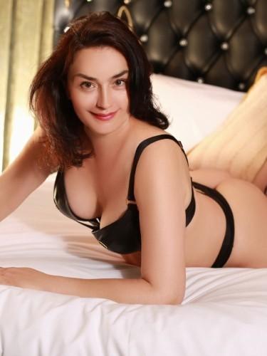 Sex ad by kinky MILF escort Alexandra (35) in London - Photo: 1