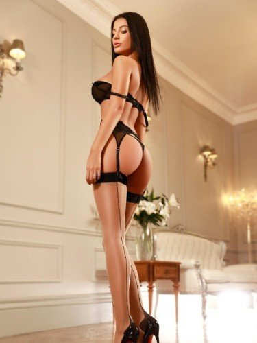 Sex ad by escort Jasmine (18) in London - Photo: 6