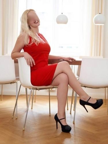 Sex ad by escort Julia (25) in München - Foto: 5