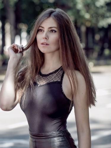 Mila (18) в Санкт-Петербург эскорт - Фото: 1