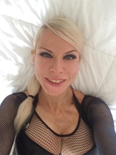 Sex ad by kinky MILF escort Marlinda Branco (34) in London - Photo: 2