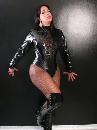 Sex ad by kinky escort shemale Luana (30) in London - Photo: 6