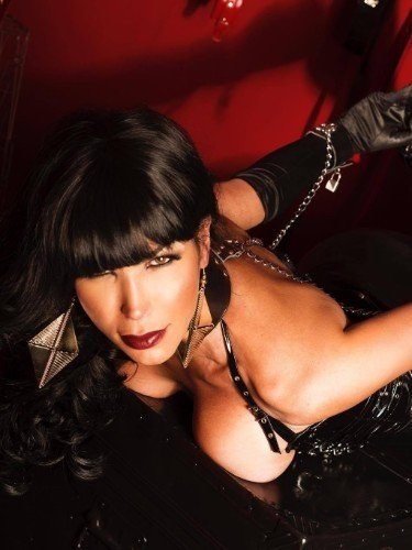 Sex ad by kinky escort shemale Luana (30) in London - Photo: 7