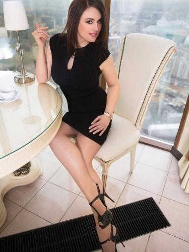 Karolina (21) в Санкт-Петербург эскорт - Фото: 3