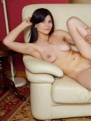 Kamila (22) в Санкт-Петербург эскорт - Фото: 4