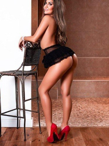 Sex ad by kinky escort Miss Cleopatra (26) in London - Photo: 2