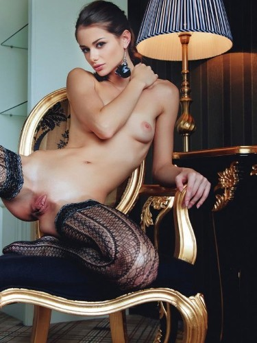 Aleksandra (24) в Санкт-Петербург эскорт - Фото: 5