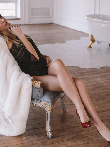 Olya (25) в Санкт-Петербург эскорт - Фото: 3