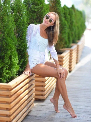 Alisa (20) в Санкт-Петербург кинки эскорт - Фото: 1
