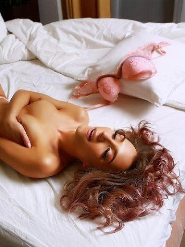 Arianna (24) в Санкт-Петербург эскорт - Фото: 6