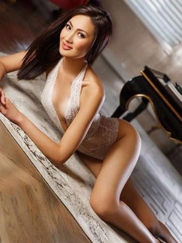 Sex ad by kinky escort Anouk Asia (23) in Frankfurt - Foto: 5