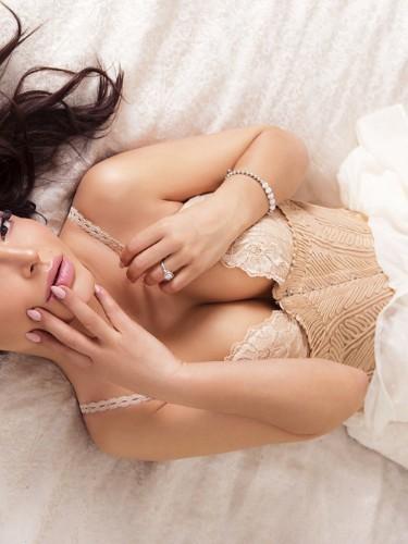 Sex ad by escort Elena Vip (26) in Bali - Photo: 4