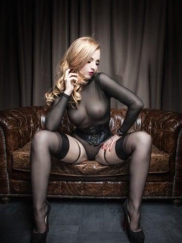 Fetish Meesteres sex advertentie van Gina Doll in Amersfoort - Foto: 4