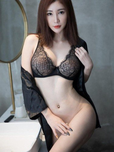 Sex ad by escort Lily huang (22) in Beijing - Photo: 1