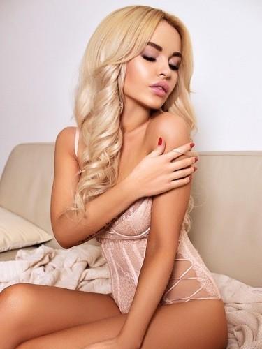 Molly (20) в Санкт-Петербург кинки эскорт - Фото: 1