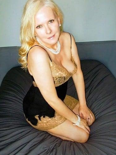 Sex ad by MILF escort Lena (42) in Berlin - Foto: 6