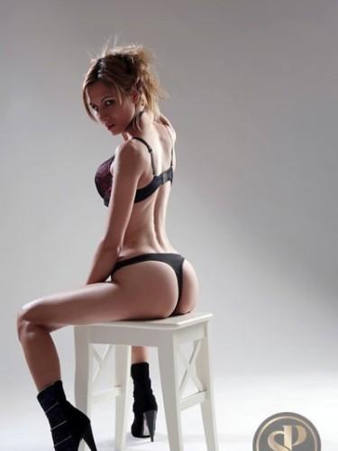 Sex ad by kinky escort Eleonora (20) in London - Photo: 5