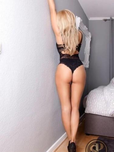 Sex ad by kinky escort Fabiana (23) in London - Photo: 3