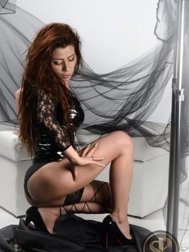 Sex ad by kinky escort Roberta (21) in London - Photo: 5