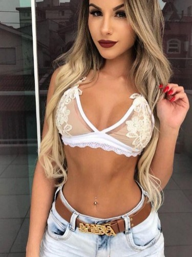 Sex ad by kinky escort Ellie (20) in Dubai - Photo: 2