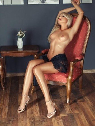 Sex ad by escort Natasha (25) in London - Photo: 7