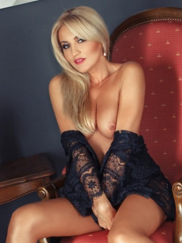 Sex ad by escort Natasha (25) in London - Photo: 5