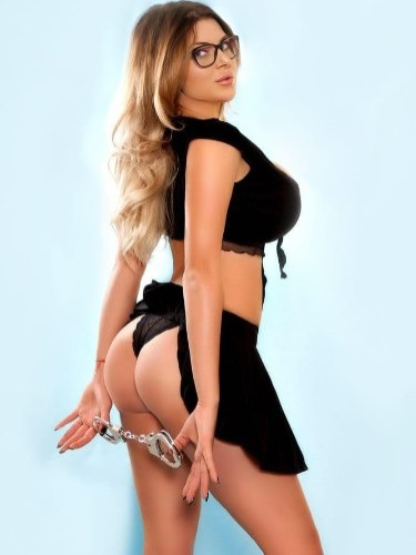 Sex ad by escort Roberta (23) in London - Photo: 6