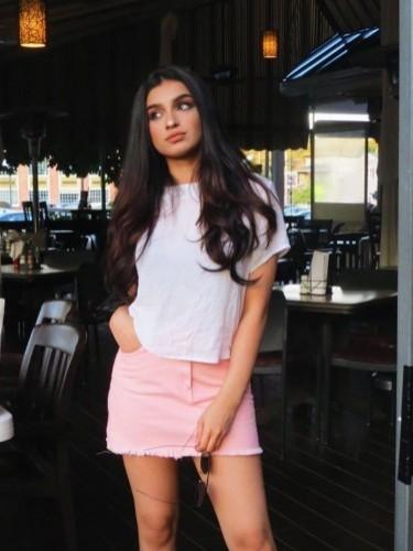 Sex ad by kinky escort Anisha (20) in Singapore - Photo: 1