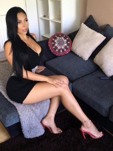 Sex ad by kinky escort Valeria (21) in Dubai - Photo: 7