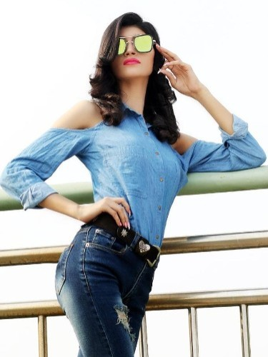 Sex ad by escort Miss Simmi (21) in Dubai - Photo: 3