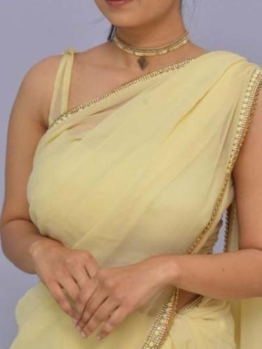 Sex ad by escort Sarah Khan (24) in Mumbai - Photo: 1