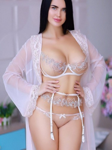 Sex ad by kinky escort Ester (23) in London - Photo: 4