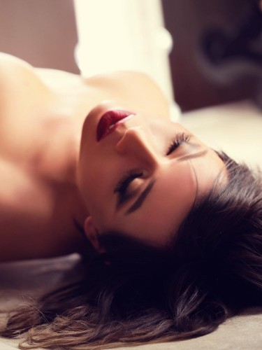 Sex ad by kinky escort shemale Diana (22) in London - Photo: 4