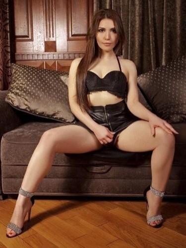 Clara (25) в Санкт-Петербург эскорт - Фото: 3