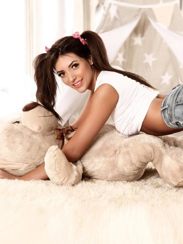 Sex ad by escort Giselle (18) in London - Photo: 6