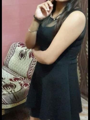 Sex ad by escort Tanu Sharma (21) in New Delhi - Photo: 3