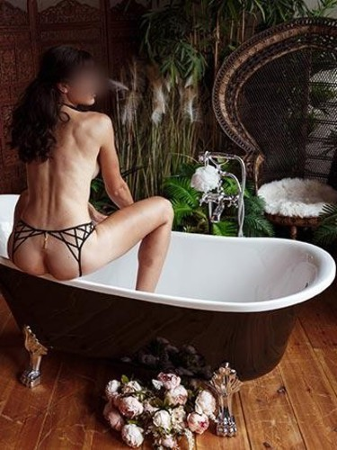 Sex ad by escort Camila (28) in Berlin - Foto: 3